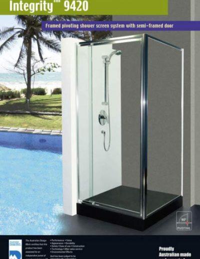 Framed pivoting shower screen system with semi-framed door